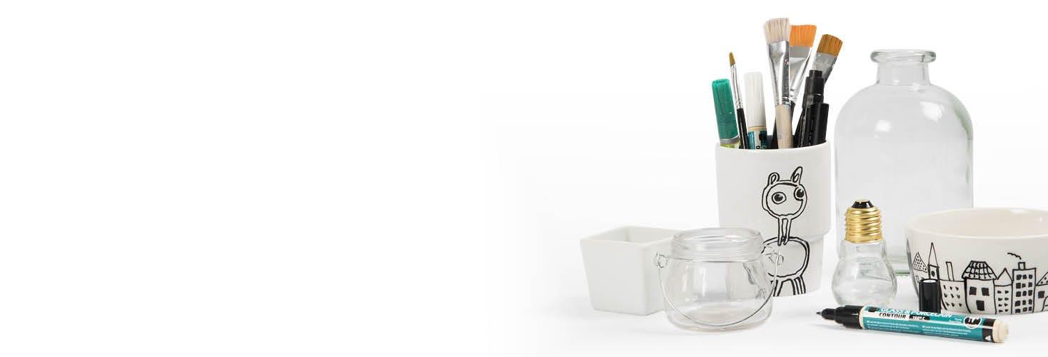 Décoration avec de la porcelaine et du verre