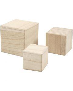 Cubes en bois, dim. 5+6+8 cm, 3 pièce/ 1 Pq.