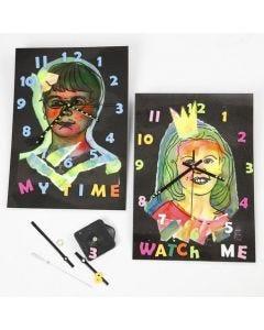 Horloges avec plastification