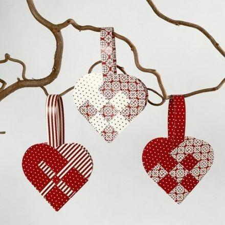 Coeurs de Noël tressés