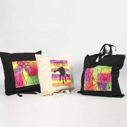 Sacs décorés avec Textile Color fluo
