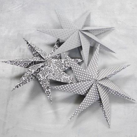 Une étoile à 7 pieds faite à partir de carrés