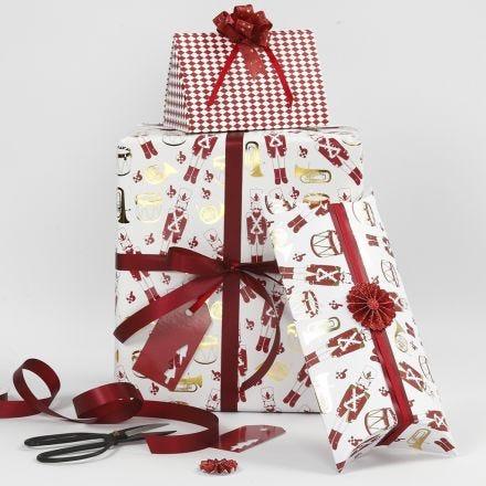 Cadeaux de Noël avec détails créatifs