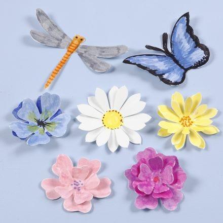 Insectes et fleurs poinçonnés avec effet 3D