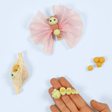 Modélisez le cycle de vie d'un papillon avec de la pâte Silk Clay