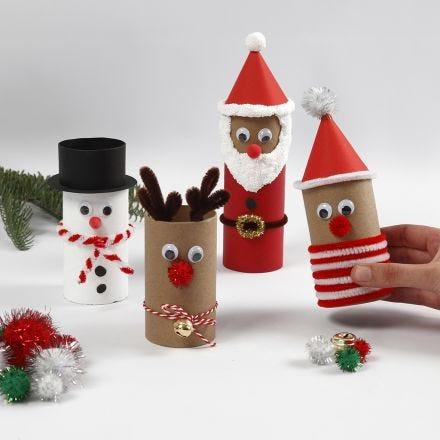 Des figurines de Noël faites avec des tubes en carton décorés