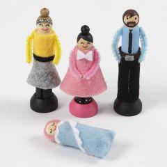 Des poupées faites à partir de pinces à linge