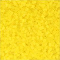 2-cut, d: 1,7 mm, dim. 15/0 , diamètre intérieur 0,5 mm, jaune transparent, 500 gr/ 1 sac