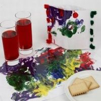 Relaese the imagination with finger paint