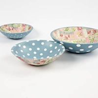 Wooden bowls with dots