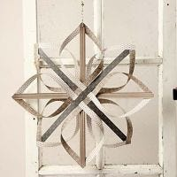 Une étoile réalisée avec du papier Oslo