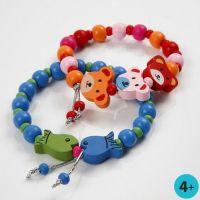 Bracelets avec des perles en bois et des perles fantaisies en bois