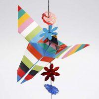 Un papillon plié avec la technique de l'origami