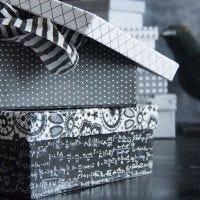 Une boîte recouverte de papier Design Paris