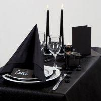 Inspiration pour fêtes avec décoration de table noire
