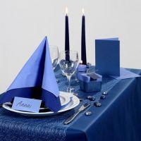 Inspiration pour fêtes avec décoration de table bleue