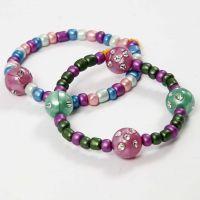 Bracelets fabriqués avec cordon élastique, perles de Rocaille et perles avec strass