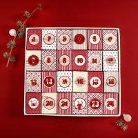 Un Calendrier de Noël fait à partir de 24 Boîtes à couvercle