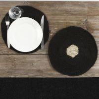 Un set de table crocheté avec du chanvre naturel