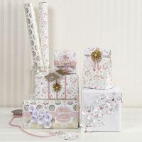 Emballage cadeau avec du matériel de chez Vivi Gade au design romantique
