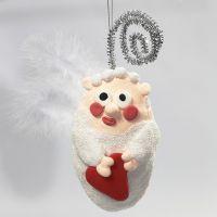 Un ange en polystyrène décoré avec les pâtes Foam Clay et Silk Clay