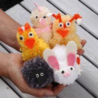 Des animaux de Pâques en pompons, faits avec de la laine acrylique