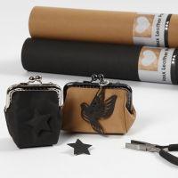 Un fermoir de porte-monnaie en papier imitation cuir