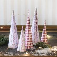 Arbres de Noël en forme de cône, en papier design