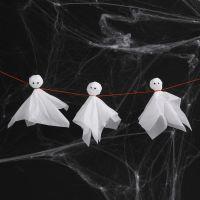 Fantômes en papier de soie avec des yeux loucheurs