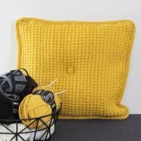 Coussins en crochet tunisien avec fil coton tubulaire