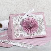 Une rose Gift Box with a Rosette and Design Paper