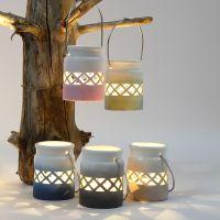 Lanternes décorées avec un dégradé de couleurs