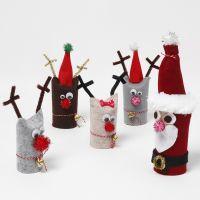 Le père Noël et son renne en tubes de papier cartonné recyclés