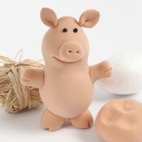Un cochon en pâte Silk Clay