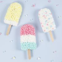 Sucettes glacées modelées à partir de Foam Clay XL