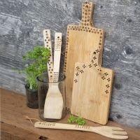 Ustensiles de cuisine en bambou décorés au pyrograveure