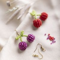 Earrings with cherries made from rocaille seed beads