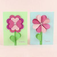 Kukkakortteja sydämistä